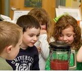 children making smoothies